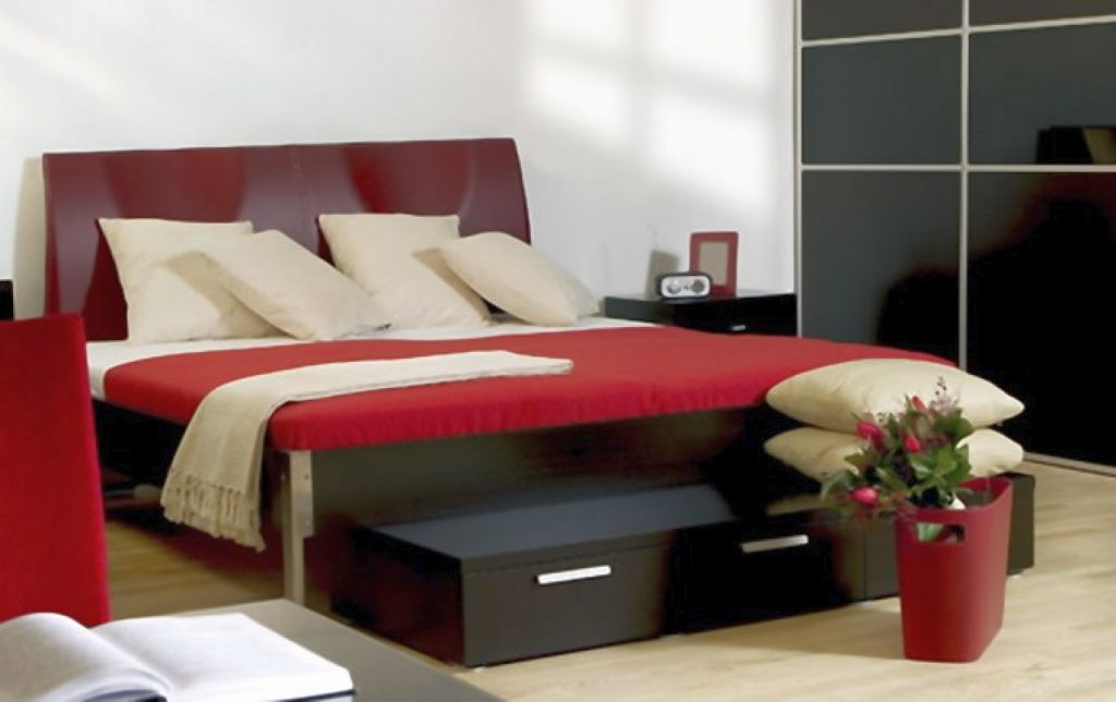 Red And Black Bedroom Pictures memsahebnet