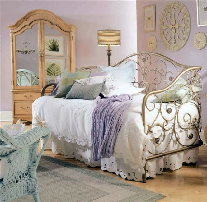 Daybed Bedroom Ideas