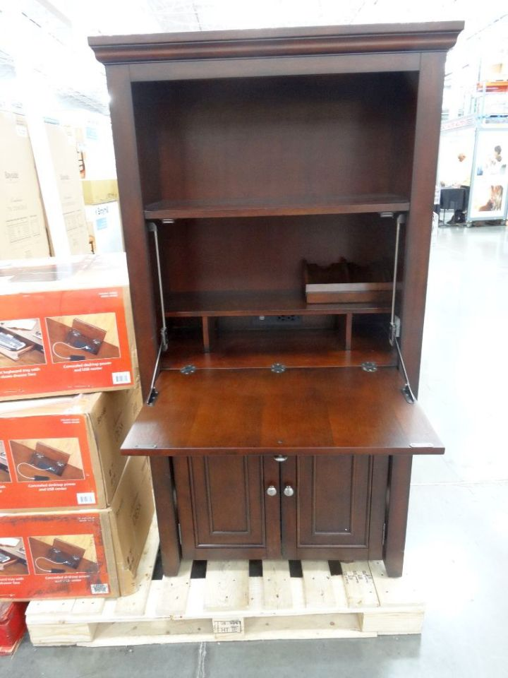Minimalist Hideaway Desk Designs