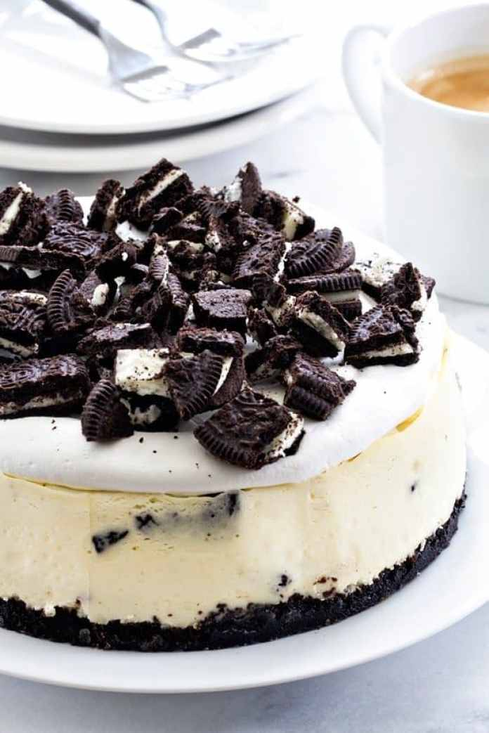 Instant Pot Oreo Cheesecake may just be the easiest cheesecake you'll ever make. It's the perfect size for a weeknight dessert! So delicious!