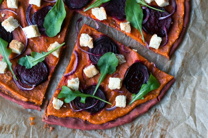 Beetroot pizza with vegan almond feta