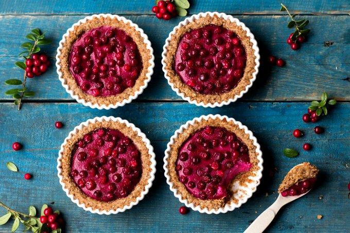 Vegan Gluten-free Lingonberry Cheesecake Tarts. Myberryforest.com
