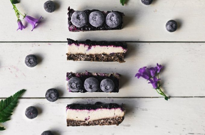 No bake chocolate-tahini cheesecake bars. Vegan, gluten-free, myberryforest.com