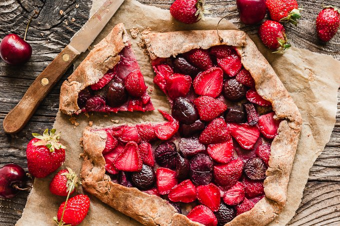 Gluten-free vegan banana sweetened berry galette