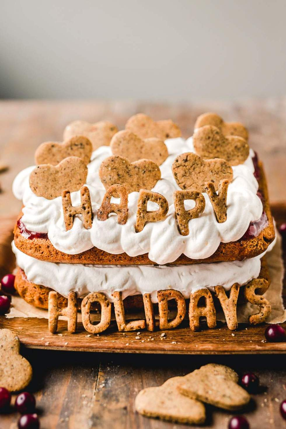 Gluten-free gingerbread cookie cake