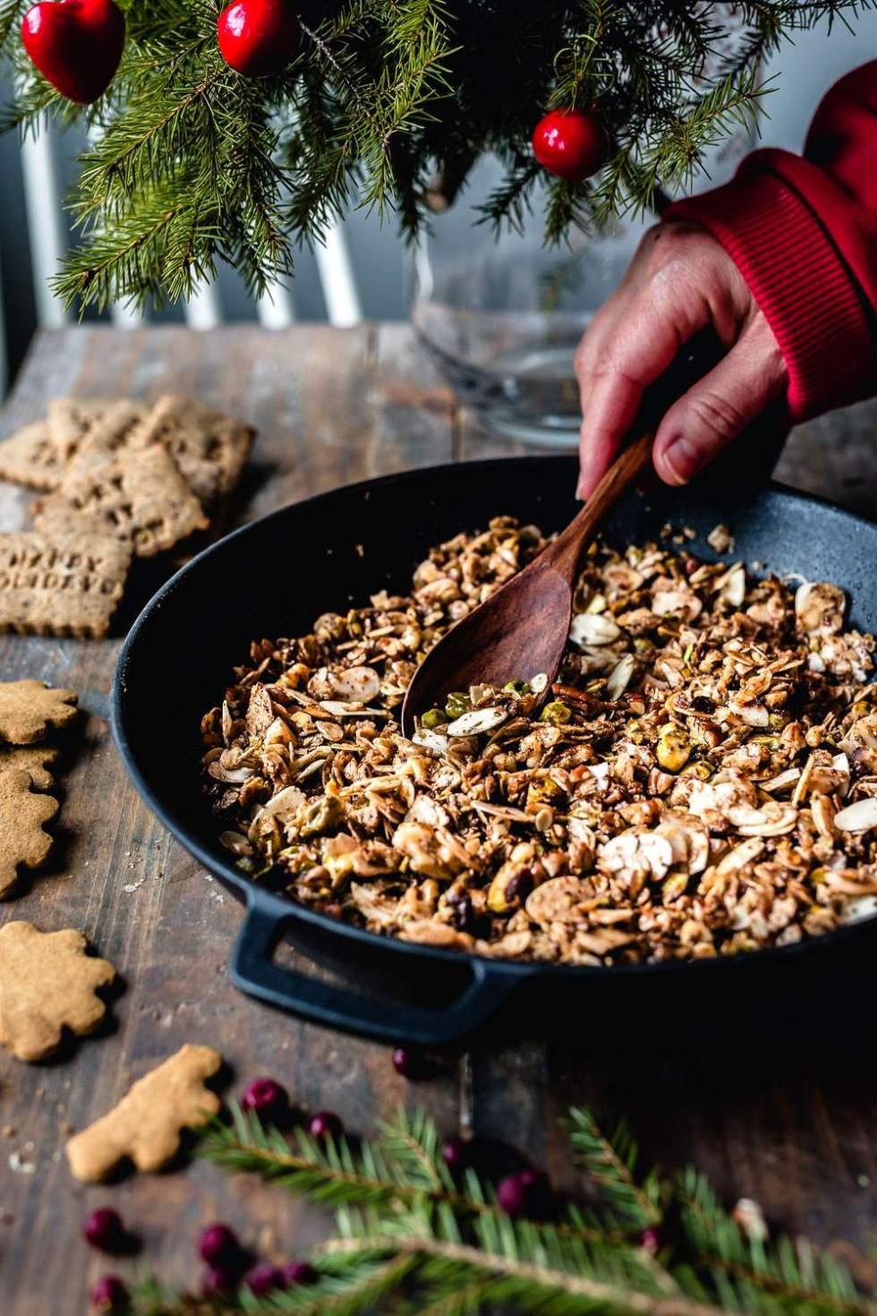 Stovetop granola (Christmas version)