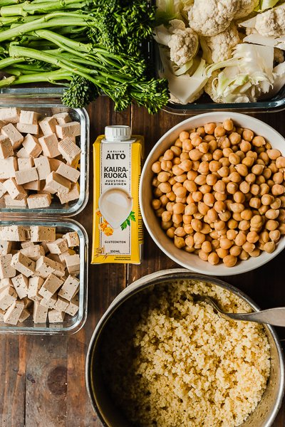 Day 2 ingredients: millet, oatblock / tofu, veggies