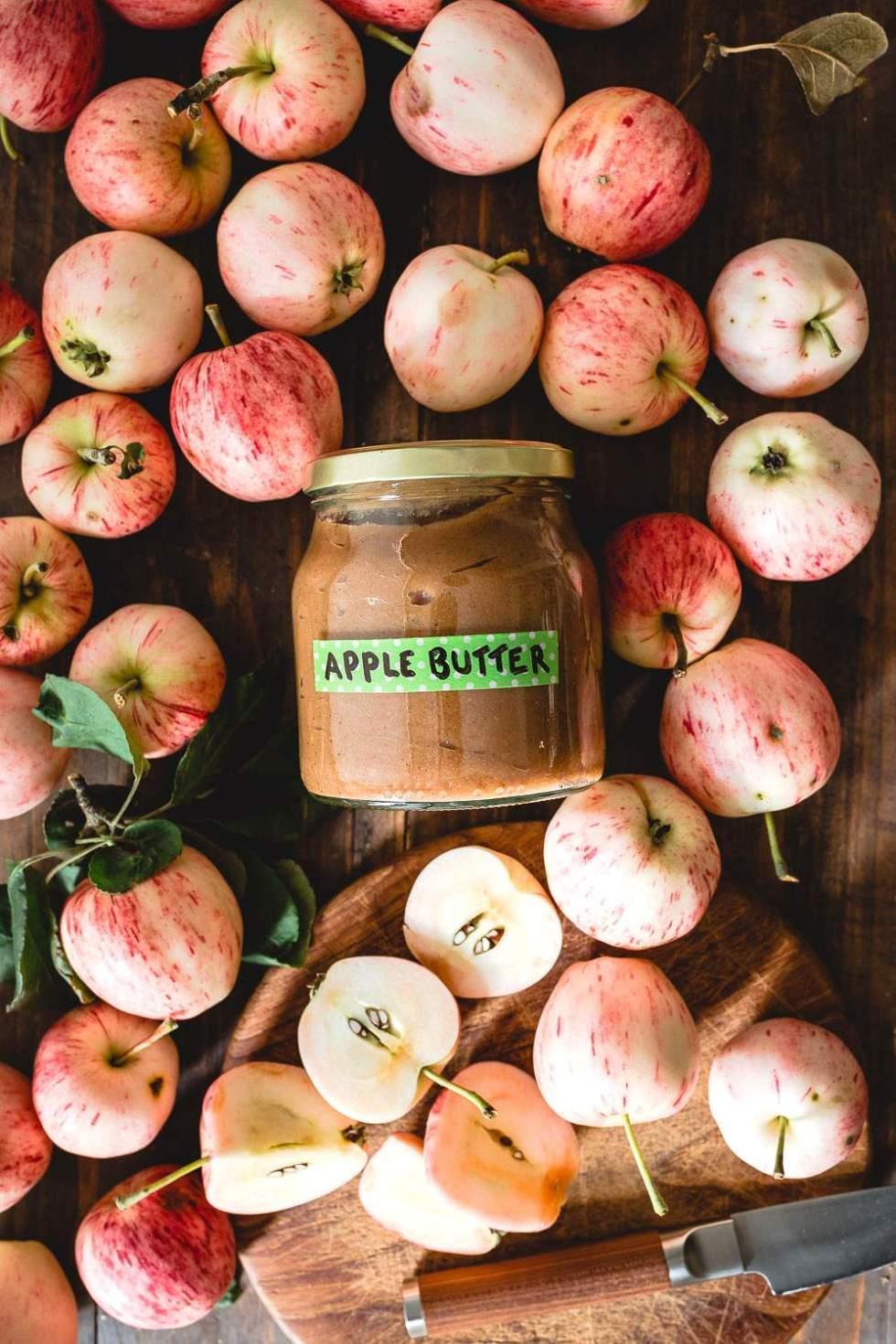 Uuniomenahillo eli apple butter