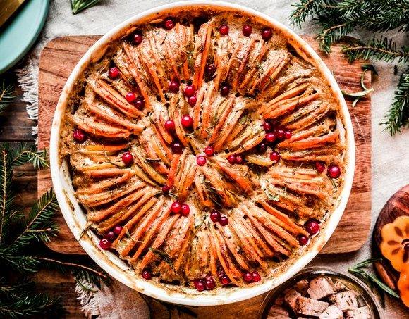 Festive Vegan Scalloped Potatoes