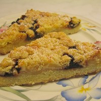 Streusel Cake with Plum Butter