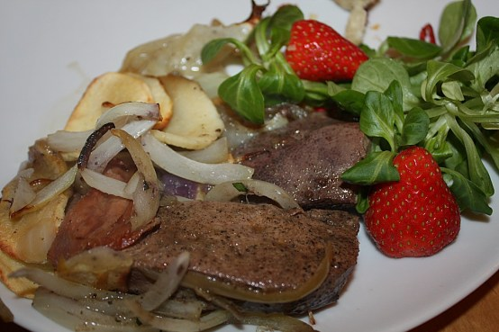 german liver with apples and onions