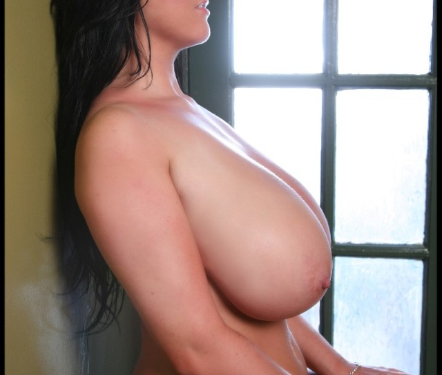 Rachel Aldana 32l L Cup Slim And Stacked Girl With Massive Breasts Sideways View
