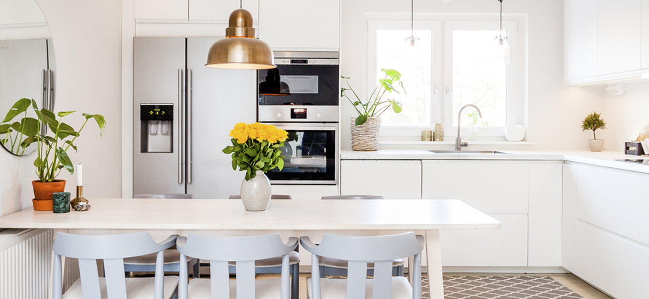 Paint Ideas for a Family Kitchen
