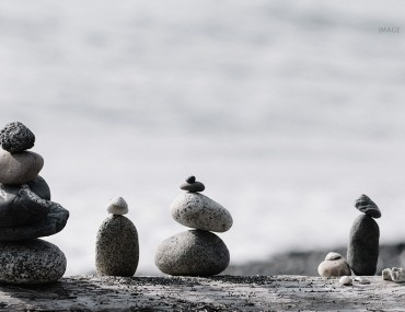 The Best Version of Hue : Grey Balanced rocks