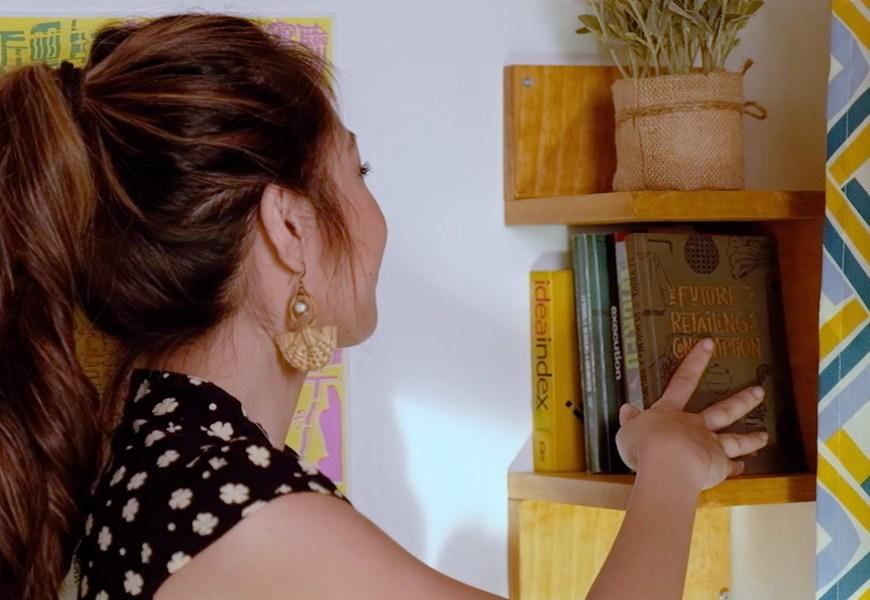 Krafty Kriz: How to Make a Corner Shelf