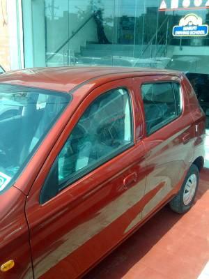 Maruti New Alto 800 Interiors Exteriors Snaps