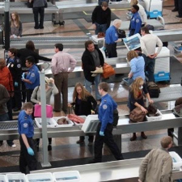 TSA--airport-security-jpg_20160603151900-159532