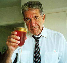 'Cheers', says Leonard Cohen