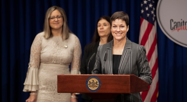 Human Services Secretary Highlights Tuition Waiver Program for Students in the Foster Care System
