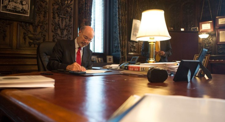 Gov. Wolf Signs Bipartisan Bill to Remove Barriers to Work for People with Criminal Convictions
