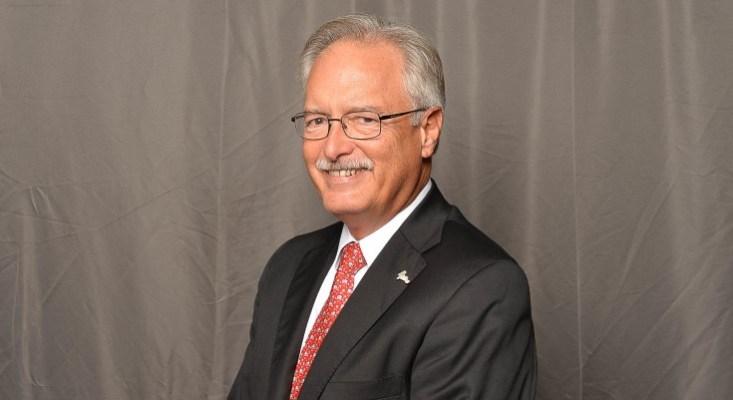 Robert E. Rigg, CIC, CPCU, CLU Named Emeritus Board Member of Community Foundation