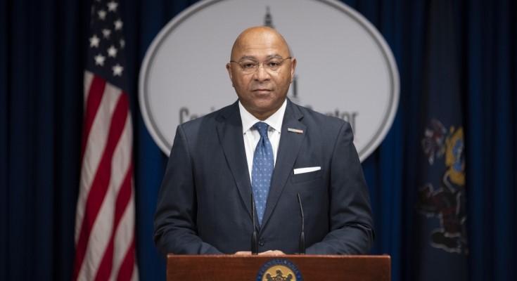 Auditor General Timothy L. DeFoor