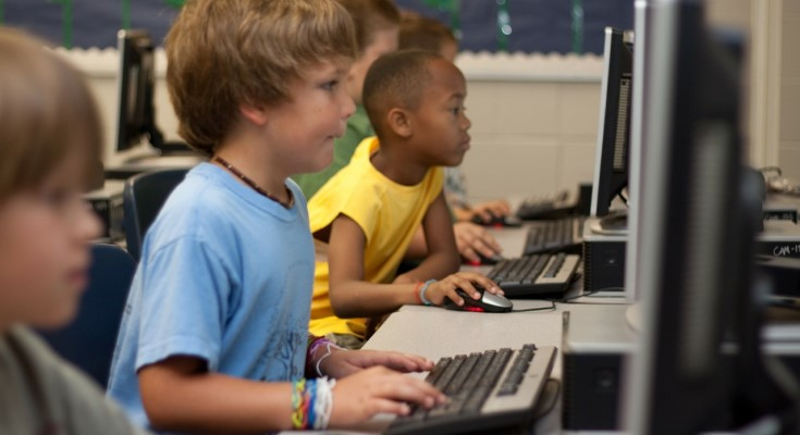students internet access