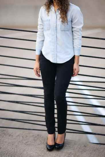 chambray shirt and black skinny jeans