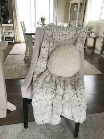 faux fur animal blanket
