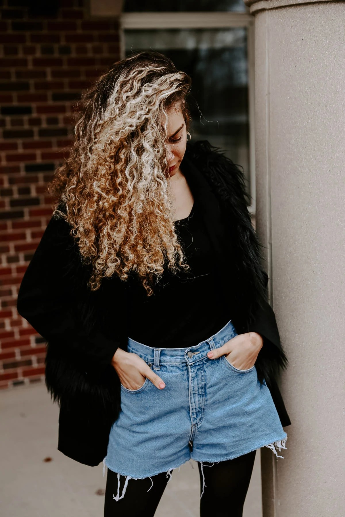 Here are some great style hacks to have your summer pieces work for fall or winter. Your wardrobe just got a lot more winter style outfit ideas!