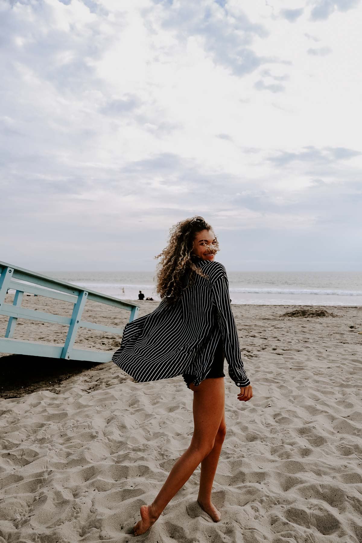 Planning a trip to LA and need to know what to wear? This post has the LA packing essentials that you need for a trip to Los Angeles! No suitcase is complete without a swimsuit for santa monica beach
