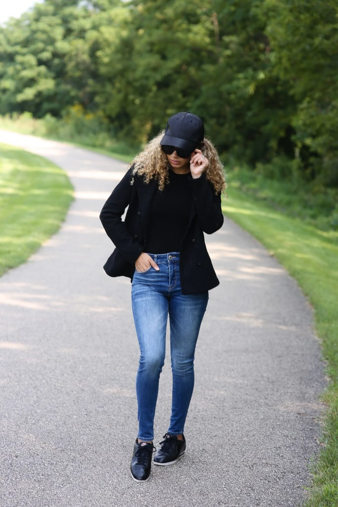 black sunglasses fall outfit