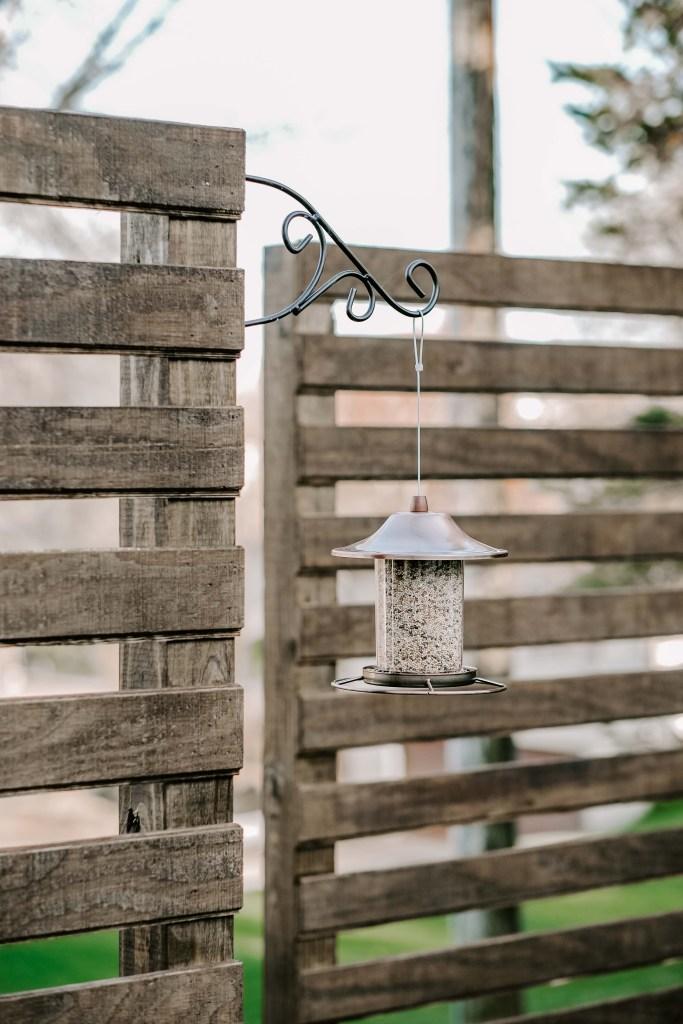 backyard privacy landscaping horizontal wood trellis