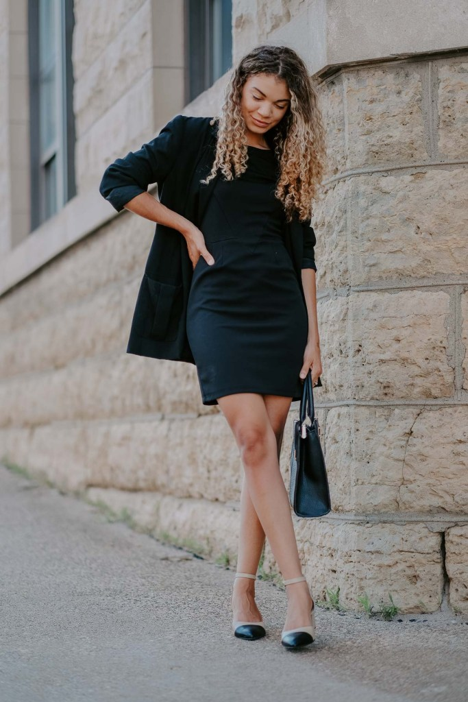 black blazer classic outfit
