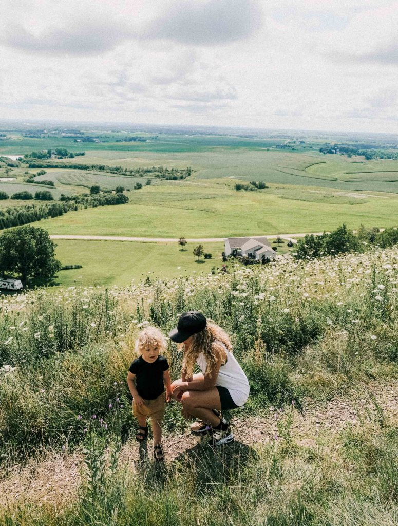 outdoor family hike platteville wi