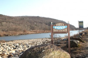 The Board of Selectmen has voted to not pursue the idea of a seaplane base at Toby's Pond. –FILE PHOTO