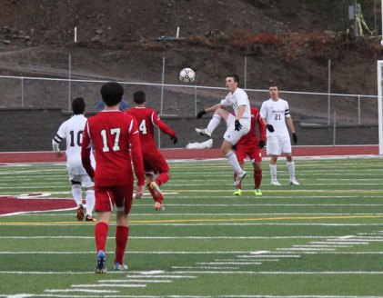Naugatuck beat Masuk, 2-1, Nov. 7 in the second round of the Class L tournament in Naugatuck. The Greyhounds fell in overtime, 2-1, to Farmington Nov. 9 in the quarterfinals. –ELIO GUGLIOTTI