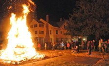 Beacon Hose Company No. 1's held its annual Tree Lighting and Bonfire Dec. 7. -JEREMY RODORIGO