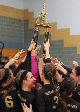 Woodland defeated Oxford, 3-2, Nov. 5 at Kennedy High School in Waterbury to win the Naugatuck Valley League volleyball championship. –ELIO GUGLIOTTI