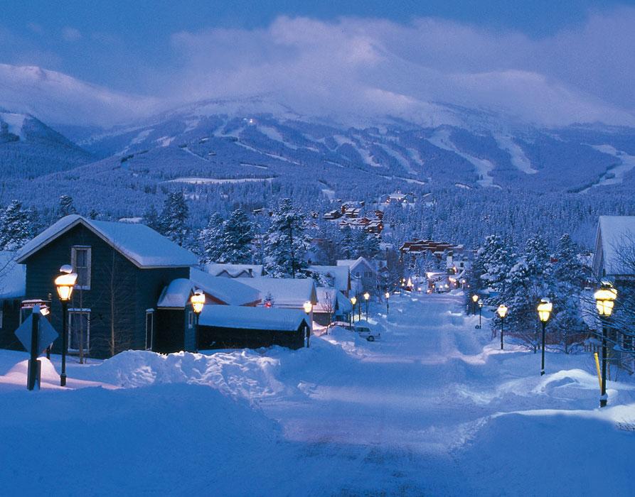 https://i2.wp.com/www.mycoloradolife.com/Pictures/Skiing/Breckenridge/Breckenridge-Snow-Town.jpg