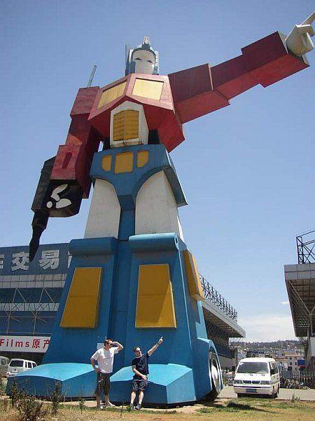 transformers-prime-statue.jpg