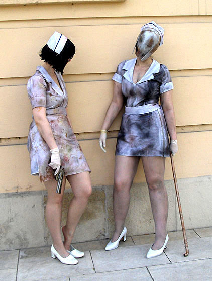 Silent hill cosplayers