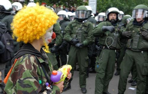 clown-protestor.jpg