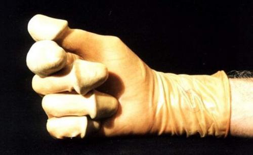 finger-love-glove.jpg