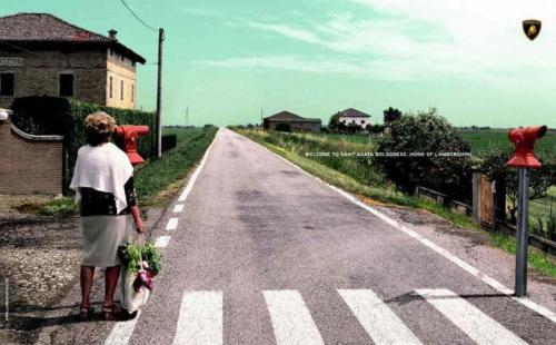 lamborghini-street-crossing.jpg