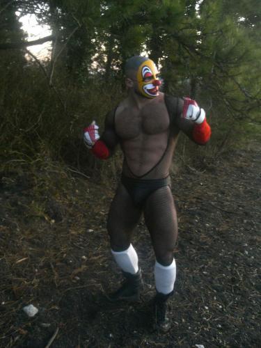 clown-boxer.jpg