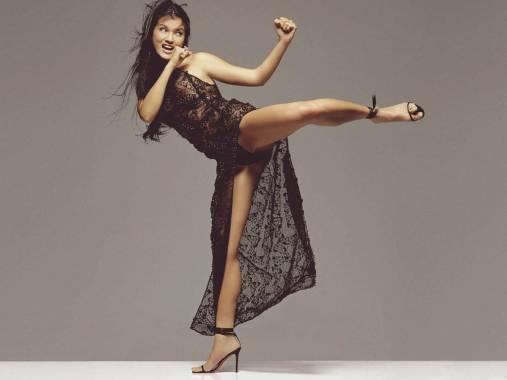 NSFW - Kelly Hu Kicking