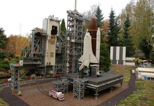 Lego Shuttle Launch Pad