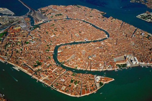 Venecia from the air