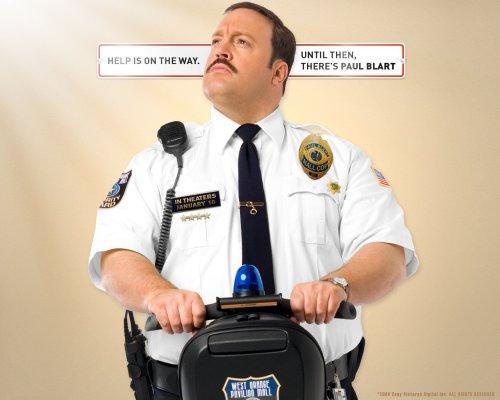 Kevin James in Paul Blart - Mall Cop
